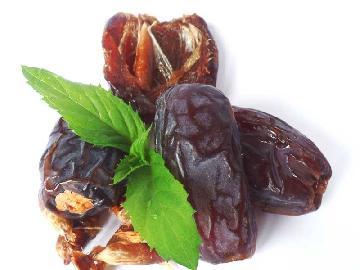 Sun-Dried Medjool Dates